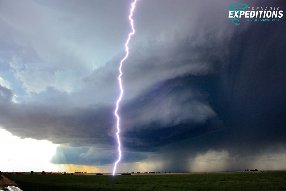 supercell with lightning