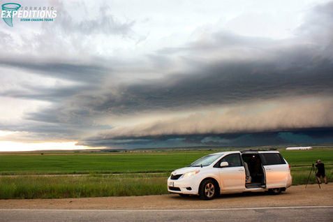 Montana Shelf Cloud W Tour Van WW OP.jpg