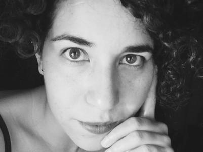 """""""La Moda y el Tiempo""""                     por: Dafne Nava R."""