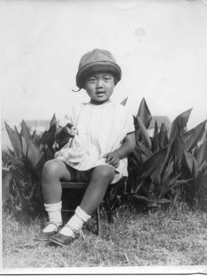 3歳の明子さん(1929年5月25日 ロサンゼルス)