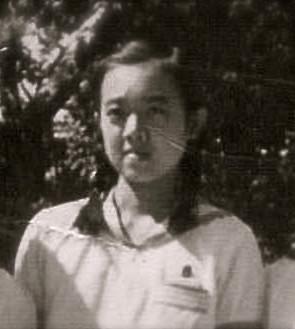 女学院専門学校生の明子さん(1944年6月22日? 広島女学院)