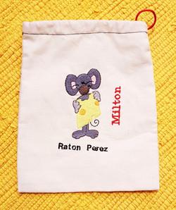 Bolsita bordada para el Ratón Perez
