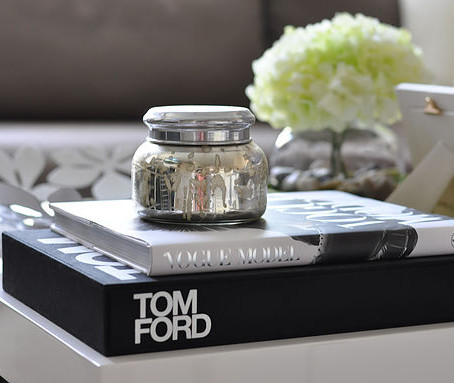 6 WAYS TO DECORATE YOUR COFFEE TABLE