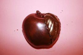 Яблоко (100 гр, 8*7,5 см)