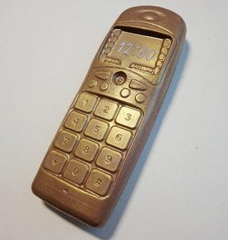 Сотовый телефон (115 гр, 13*5 см)