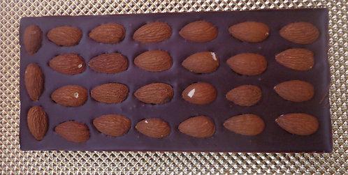 Шоколадная плитка с миндалём