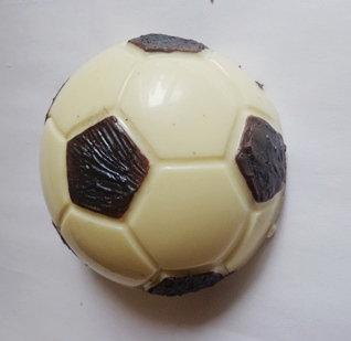 Футбольный мяч (его лучшая половина))