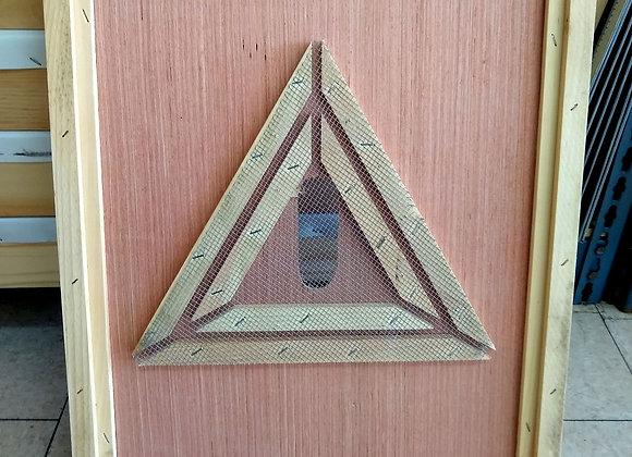 Triangle Bee Escape