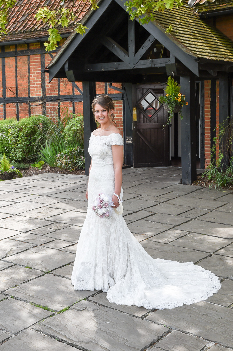 Bride photography at Barns Hotel Bedford