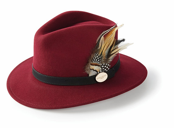 The Suffolk Fedora Guinea & Pheasant Feather (Maroon)