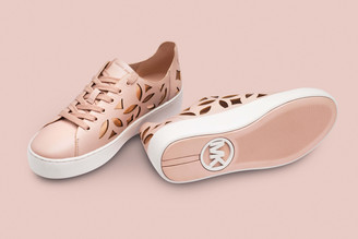 High-end Footwear Packshot Photography