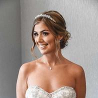stunning-wedding-poses-bedfordshire-phot