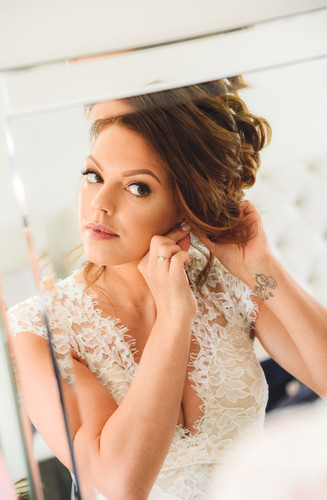 Stunning bridal wedding photography in Bedfordshire by Abraxas