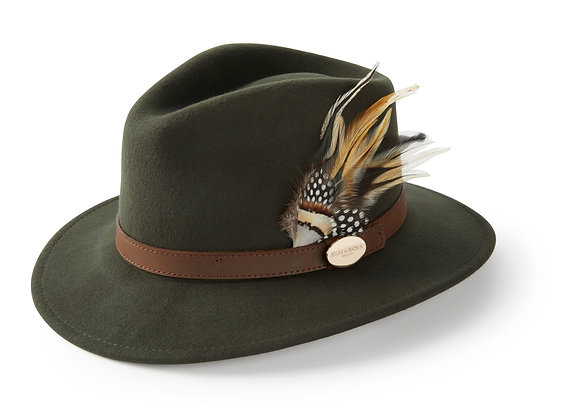 The Suffolk Fedora Guinea & Pheasant Feather (Olive Green)
