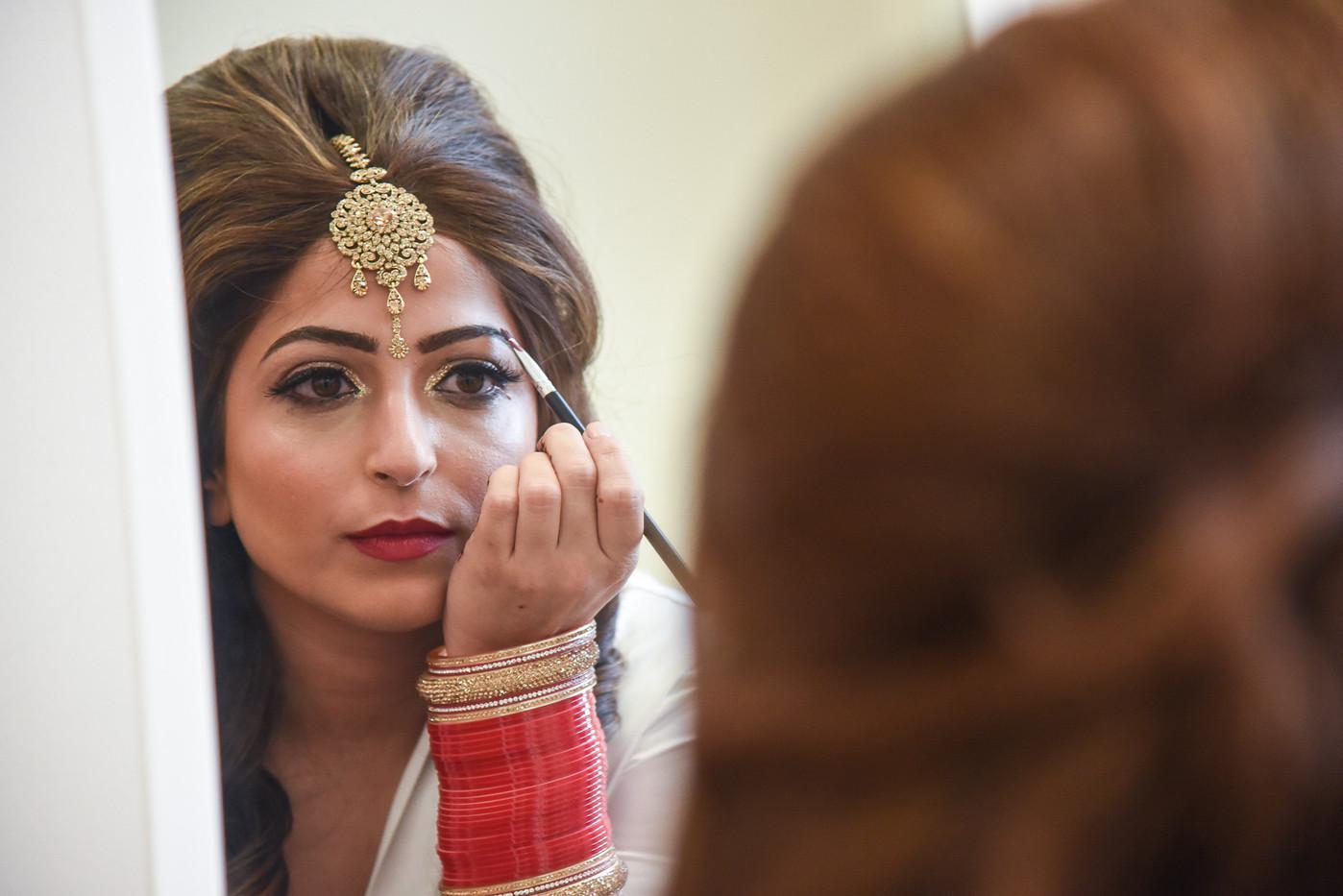 aisan-bride-getting-ready-make-up.jpg