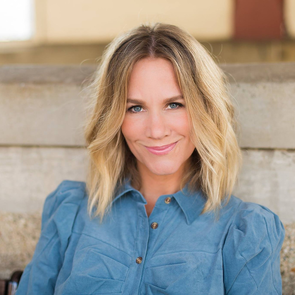 Tara Roscioli Professional Headshot