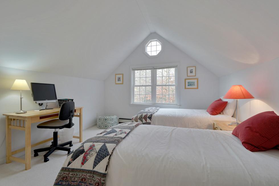 bedroom octagonal window.jpg