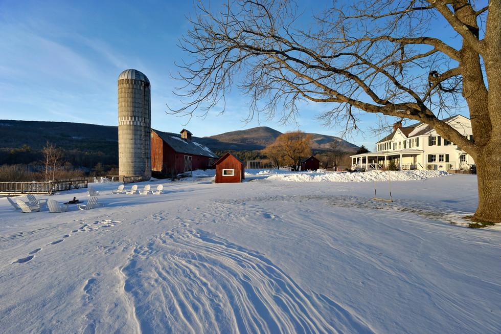 barn snow house.jpg