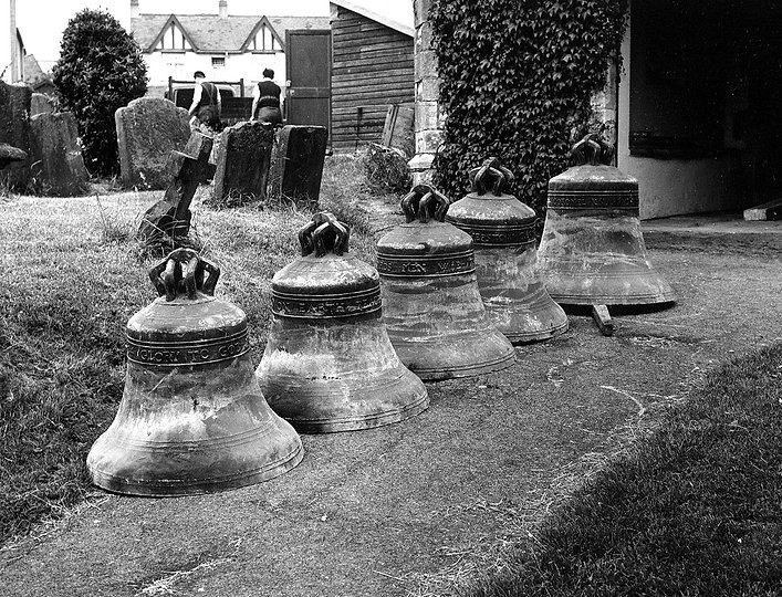 bells, Filton church