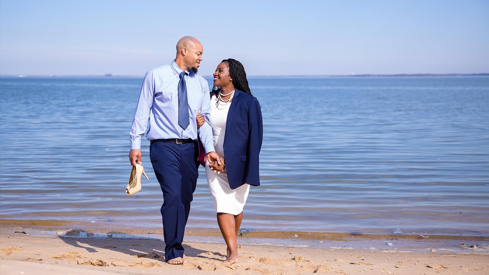 prewedding photos by the beach