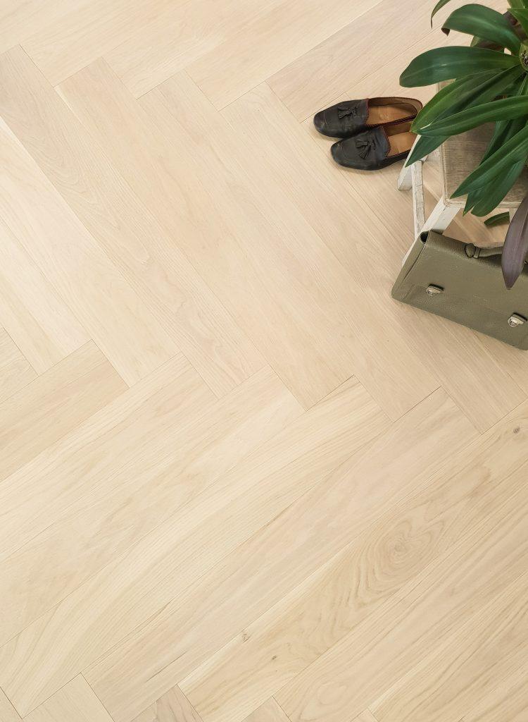 Herringbone-Wood-Flooring-Oak Ivory Crea