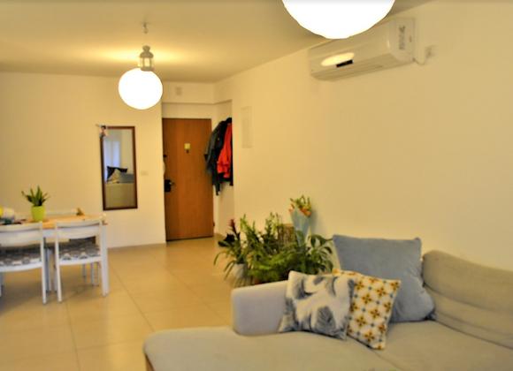 דירה להשכרה בגבעת עדה 4 חדרים