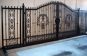 show gate.jpg