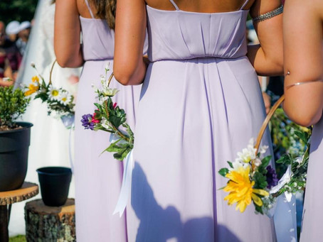 What to Look At When Buying the Right Bridesmaid Dresses
