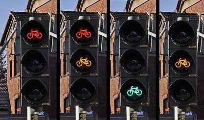traffic-light-876043_640.jpg