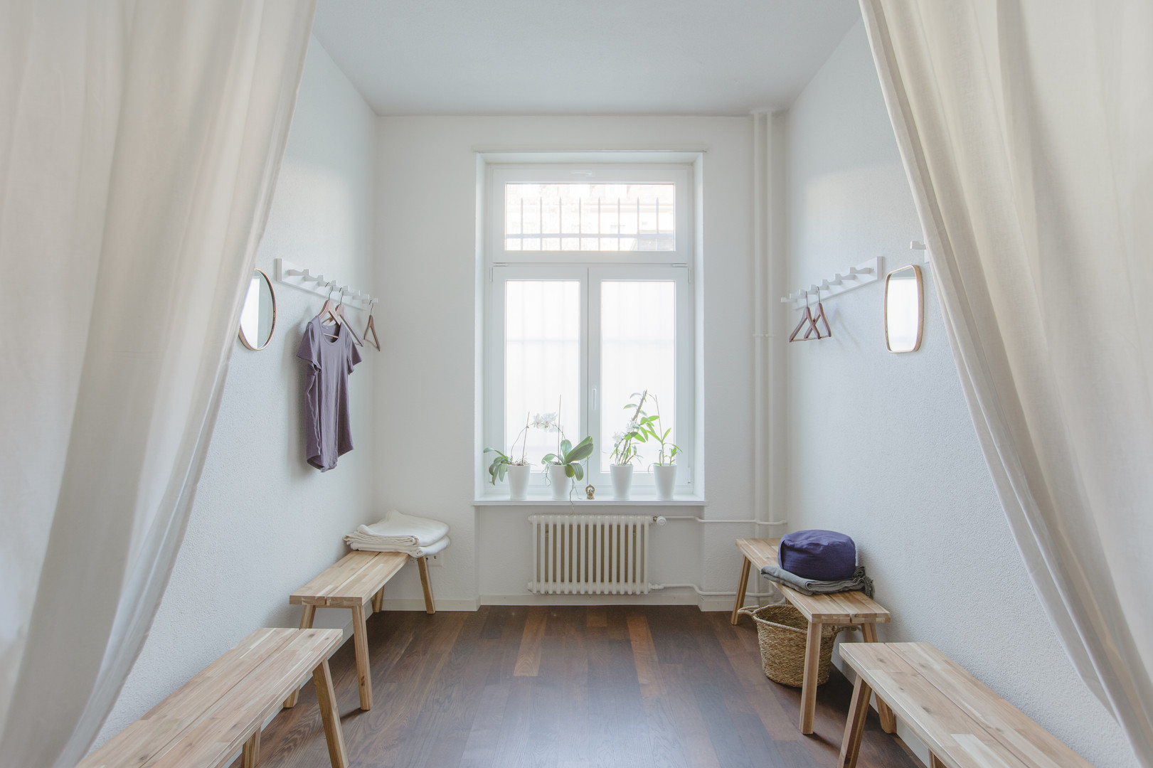Yogastudio Zuerich Garderobe-2.jpg