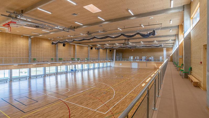 Construction bois massif CLT NOVATOP panneaux acoustiques bois panneaux triplis