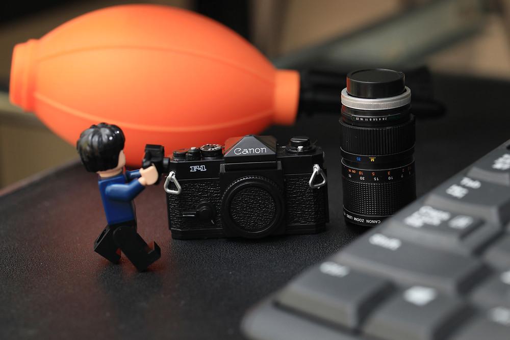 結婚式カメラマン|ミニフィグとキャノンF-1
