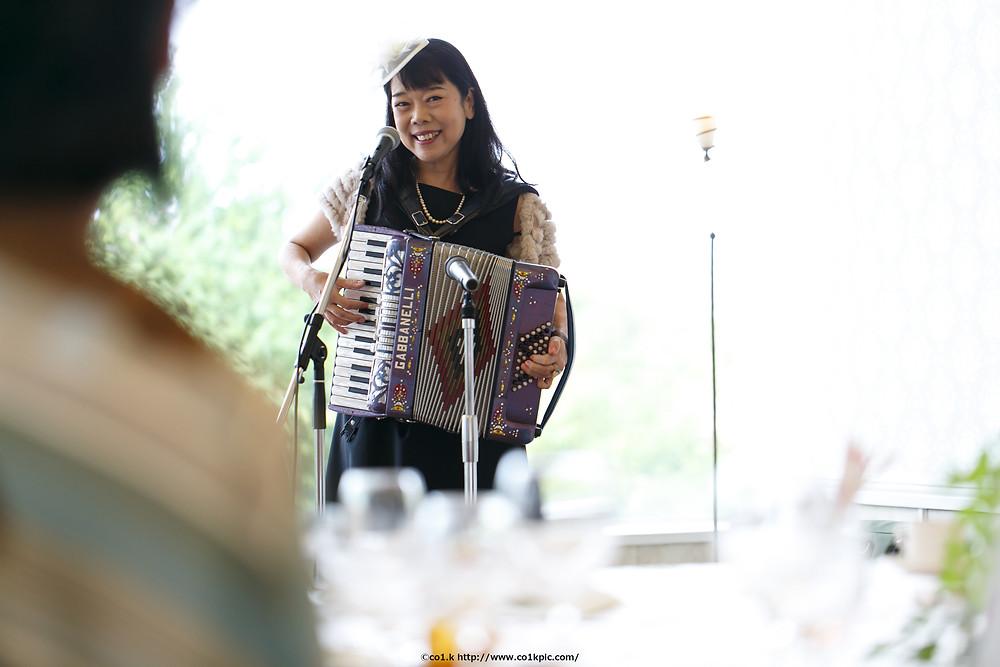 結婚式余興|アコーディン演奏|ウェディングフォトグラファー KOICHI KAGEYAMA