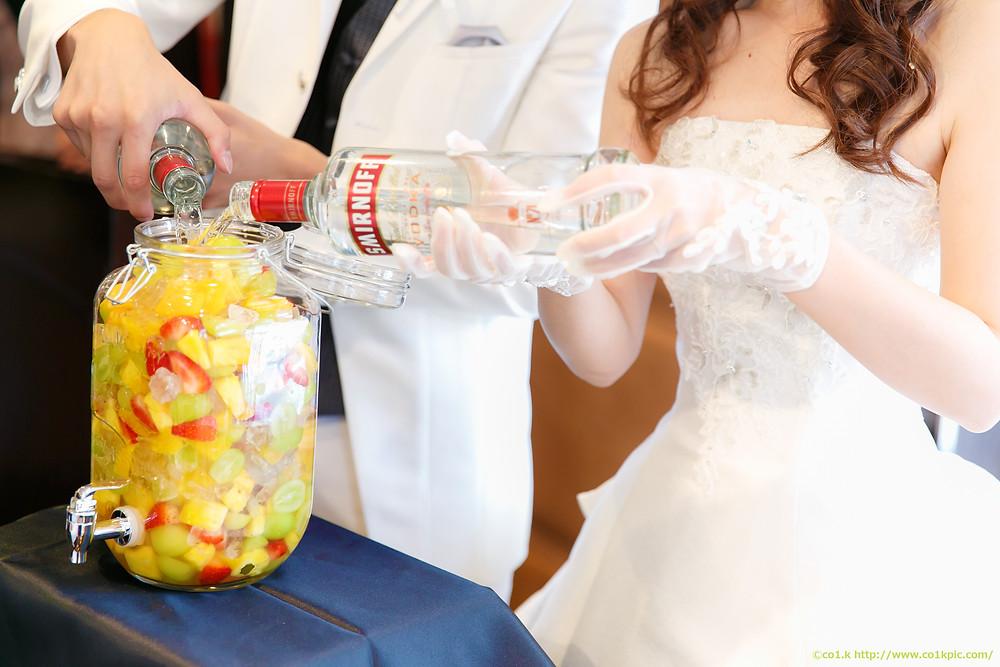 結婚式演出「果実酒作り」