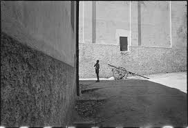 @Henri Cartier-Bresson