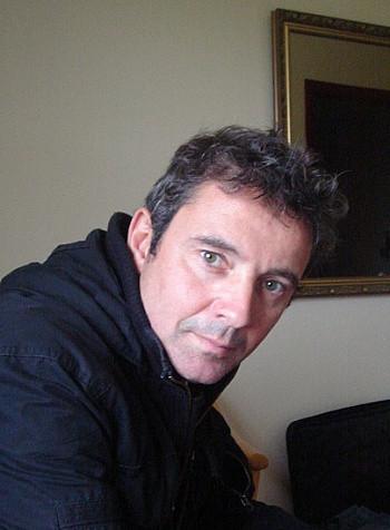 @Denis Darzacq