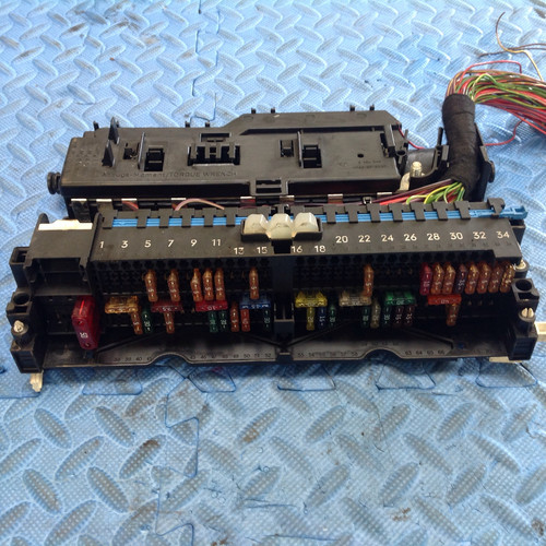 used car parts vehicle dismantlers aberdeen parts 4 u auto bmw 3 series e46 2 0d diesel m47n 1998 2006 silver front fuse box power distri