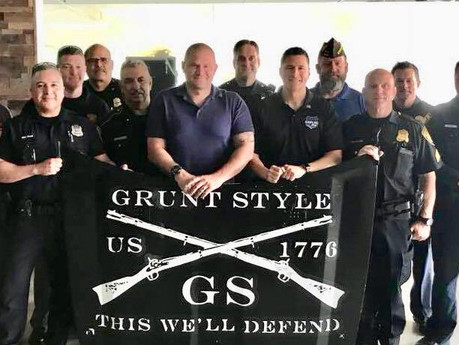 Post Commander gets special tour of Grunt Style Headquarters