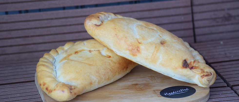 Cornish Cheese and Bacon Pasty (s&c)