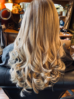 Light Blonde Curled Extensions