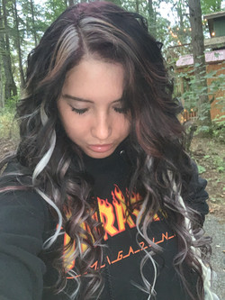 Brunette w/ Highlights Extensions