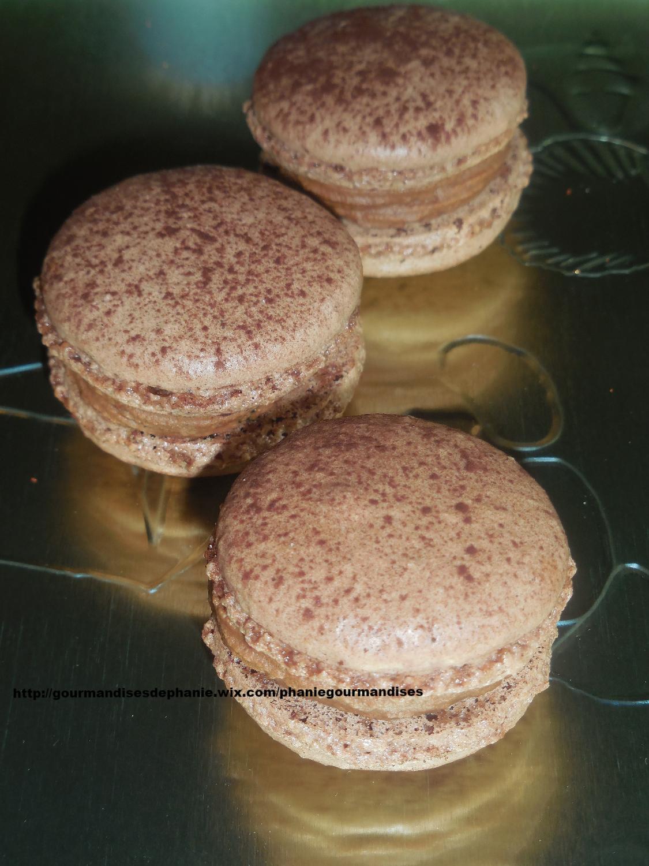 Macarons tonka chocolat noir