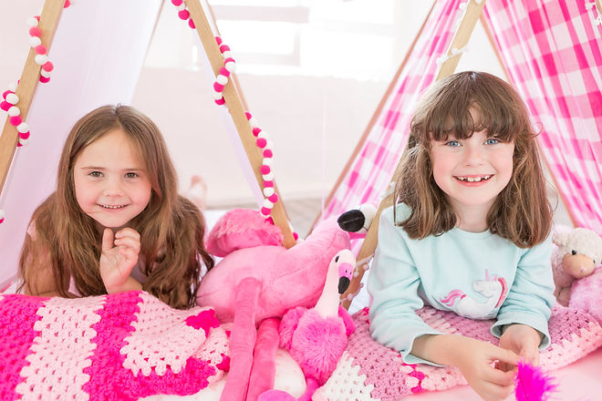 girls pink teepee sleepover .jpg