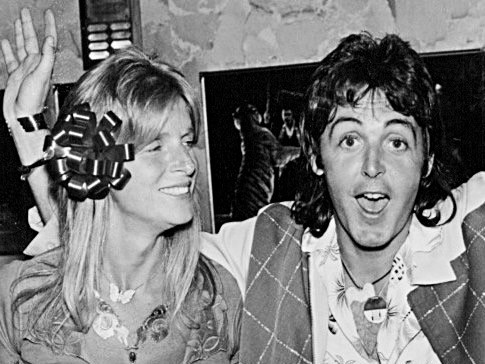 Picture shows Linda and Paul McCartney in LA, 1976