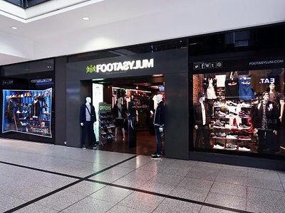 Foot_Asylum_73_store_image.jpg