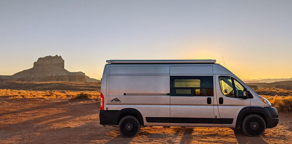 Utah-Van-Desert.jpg
