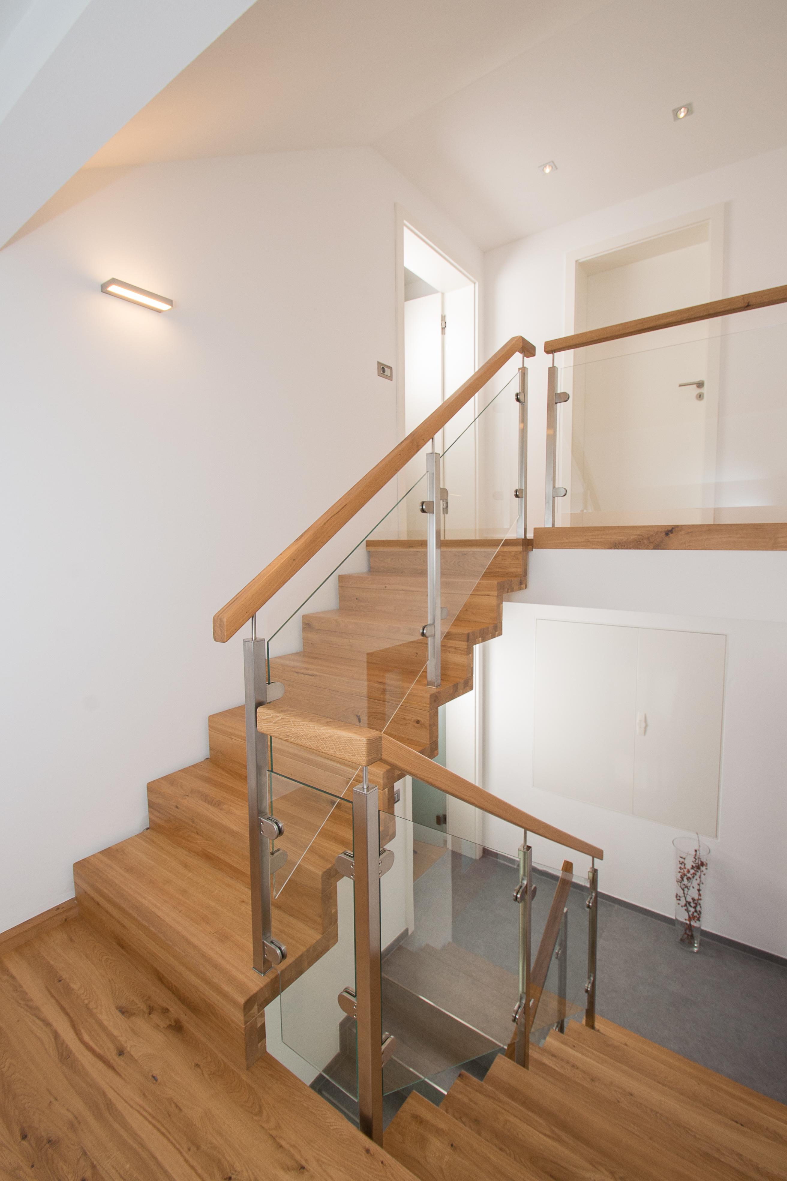 Faltwerk Treppe in Wildeiche