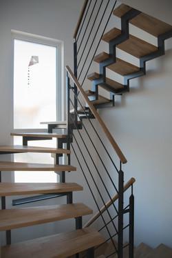 Zweiholm Treppe mit T Geländer