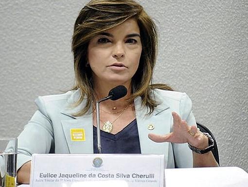 Juíza de MT fala sobre direito sistêmico em Portugal