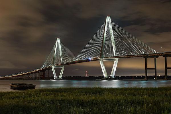 Ravenel_Bridge_at_night_from_Mt_Pleasant